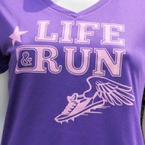 design sportshirts toepper werbung life run lila